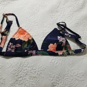 triangl swimwear Swim - Small Navy floral Triangl top